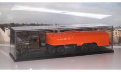 КрАЗ 258Б1 с полуприцепом-цистерной ТЗ-22 (хаки-оранжевый)  АИСТ + бокс