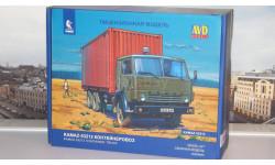 Сборная модель КАМАЗ-53212 контейнеровоз  AVD Models KIT