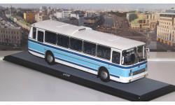 ЛАЗ  699Р бело-голубой  ClassicBus, масштабная модель, scale43