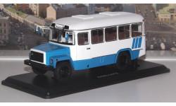 КАвЗ  3976 (бело-голубой)  SSM