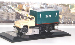Автомобиль-фургон 'ХЛЕБ' ГЗСА-3704 на шасси 52-01 1979 г., бежево-зеленый  Dip