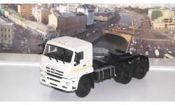 КАМАЗ-65225 седельный тягач  ПАО КАМАЗ