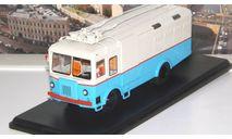 Грузовой троллейбус ТГ-3 (бело-голубой)   SSM, масштабная модель, Start Scale Models (SSM), scale43