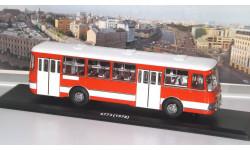 Автобус ЛиАЗ 677 Экспортный, красно-белый   ClassicBus