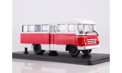 Автобус  КАГ-3 (бело-красный)  ModelPro