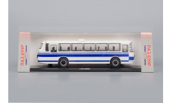 ЛАЗ 699 Р Турист бело-синий  1/43 Classicbus