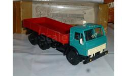 КАМАЗ 5320, ранний, капрон колеса, масштабная модель, 1:43, 1/43, Элекон