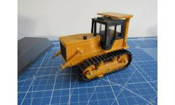 Трактор Т-10 1/43 Промтрактор, масштабная модель, 1:43