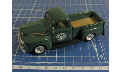 Ford  Pickup 1/43  ROAD CHAMPS