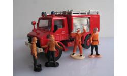 Пожарный Мерседес unimog 1-48 Monti-System, фигурка, 1:48, 1/48