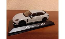 Porsche Panamera GTS Sport Turismo 2017