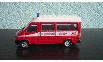 Volkswagen LT Minibus пожарная служба, масштабная модель, Bauer/Cararama/Hongwell, 1:43, 1/43