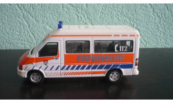 Volkswagen LT Minibus пожарная служба, масштабная модель, Bauer/Cararama/Hongwell, scale43
