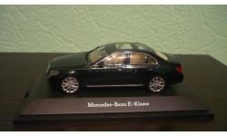 Mercedes-Benz E-Class W213 kallait green, масштабная модель, Kyosho, scale43