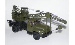 ЗиЛ 130 автокран ЛАЗ 690