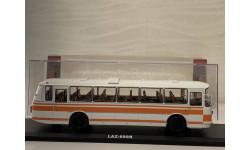автобус ЛАЗ 699Р (белый/оранжевый) СССР ClassicBus 1:43 04014, масштабная модель, 1/43