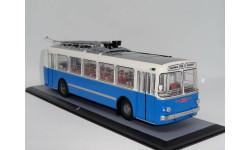 ЗиУ 5 бело-синий, Арт. 04006D, Classicbus. Брак