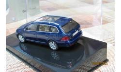 1K9099300D5Q  AutoArt 1/43 VW Golf V Variant dlue met.