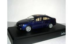 Volkswagen Jetta VI 2011г Minichamps 1/43 --- 1:43 Фольксваген Джетта-6 т.синяя