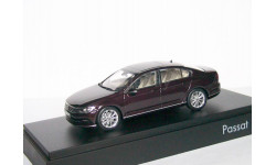 Volkswagen Passat 2015г. ( B8) sedan Herpa 1:43 бордо -- Фольксваген Пассат NEW бордово-фиолетовый