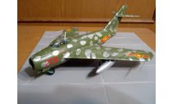 Модель Советского истребителя Миг-17Ф