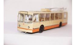 ЗИУ-9 троллейбус, SSM4001, SSM 1:43