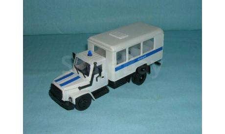 ГАЗ-3309 'Полиция', масштабная модель, scale43, Компаньон