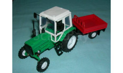 Трактор МТЗ-82 с прицепом (зел.-кр.) с зерк.