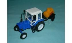 Трактор МТЗ-82 с прицепом 'Пиво' (Тантал+Компаньон) син. тип 2