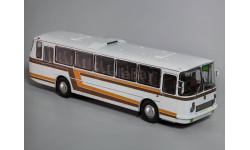 ЛАЗ 699Р белый, с цветными полосами, масштабная модель, Classicbus, 1:43, 1/43