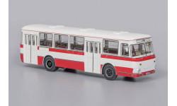 ЛиАЗ 677М бело-красный, масштабная модель, Classicbus, 1:43, 1/43