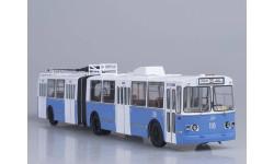 SSM4006 ЗиУ-10 (ЗиУ-683) троллейбус (бело-голубой)