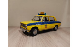 ВАЗ-2101 'Жигули' ГАИ Милиция 1982 (из к/ф 'Инспектор ГАИ') желтый с синим