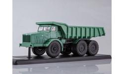 SSML011 МАЗ-530 карьерный самосвал (40 тонн), зелёный (металл. кабина, кузов, рама)