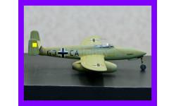 1/48 модель самолета Хейнкель Хе-280 первого в мире реактивного истребителя совершившего самостоятельный полет