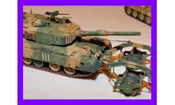 1/35 продажа модели танка Тип 90 с минным тралом Япония 1992 год
