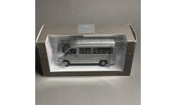 Mercedes-Benz Sprinter 1:43 Minichamps