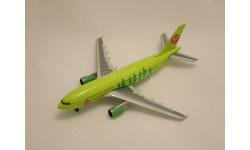 Модель самолета Airbus A310-200 S7