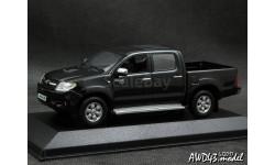 Toyota Hilux D-4D Double Cabin 2007 4x4 black 1-43 Minichamps