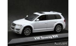 VW Touareg R50 white 1-43 Norev