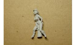 1/43 кит-фигурка Девушка-пожарница на гидранте (смола), фигурка, 1:43