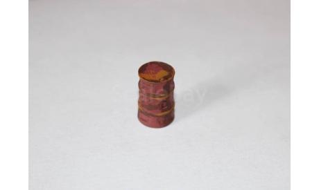 Бочка металлическая мятая с пробкой в боку. 200л. Красная., элементы для диорам