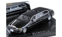 Lincoln Town Car Limousine 2000