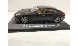 PORSCHE Panamera Turbo S, 1:43, Minichamps