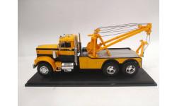 Diamond Reo Tow Truck (1971), 1:43, Neo