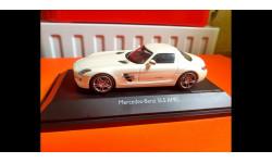 Mercedes-Benz SLS AMG 1:43, Schuco