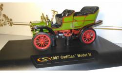 1907 Cadillac Model M. 1/32