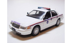 FORD Crown Victoria US Postal Police (PCT 1:43)
