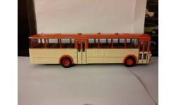 Mercedes-Benz O317 K, Автобус 1:43