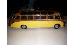Setra S8 (1951) brown/beige, Minichamps, 1:43